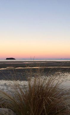 Abend am Strand in Marahau / Tasman Bay. Februar 2016 auf der Südinsel, Neuseeland