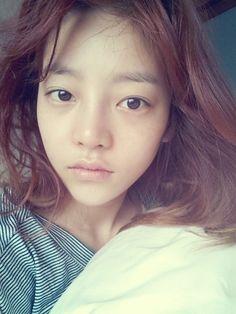 "KARA ハラ、寝起き直後のすっぴんを公開""人形のような美貌"" - PICK UP - 韓流・韓国芸能ニュースはKstyle"