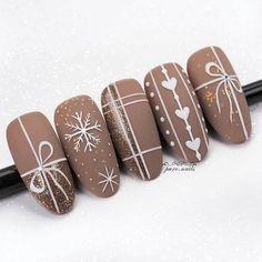 Xmas Nails, Holiday Nails, Christmas Nails, Christmas Tree, White Christmas, Ongles Beiges, Rose Nail Design, Nails Design, Rose Nails