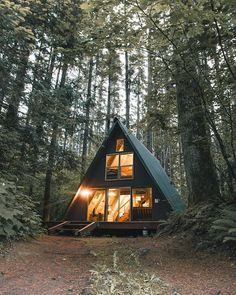 """""""I've had cabin fever ever since I've stayed here. Anyone know the best cure? Also check out a fun takeover @robstrok and I did on @livefolk"""""""