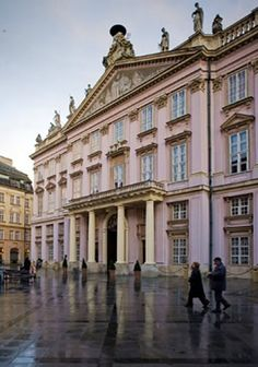 If you are in Vienna, you may want to consider visiting Bratslavia, Slovakia. It is only a 1 hour drive away! Here is the Palacio Primacial in Bratslavia, Slovakia. Bratislava Slovakia, Thing 1, European Countries, Best Cities, Palaces, Art And Architecture, Small Towns, Prague, Pretty Pictures