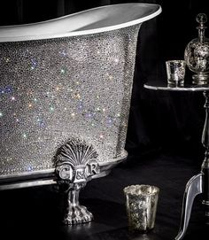 Add a bit of sparkle to your bathroom - Swarovski crystal studded antique claw foot bath tub Harrods, Claw Foot Bath, Claw Bathtub, Design Creation, Ideias Diy, Sparkles Glitter, Keller Williams Realty, Beautiful Bathrooms, My New Room