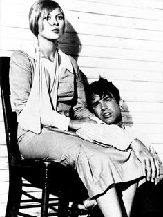 Faye Dunaway and Warren Beatty - Bonnie and Clyde (1967).