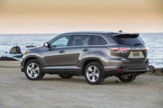 2017 Toyota Highlander is the featured model. The 2017 Toyota Highlander Redesign image is added in car pictures category by the author on Aug 13, 2016.