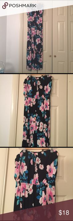 Womens Maxi dress Womens Beautiful strapless Maxi Dress ! Black with pink and aqua flowers 🌺 Perfect for you summer parties and vacation !!! Excellent Condition. Size Medium😎🌞🌺🍹 Dresses Strapless