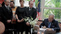 Premier Maleisië tekent condoleanceregister