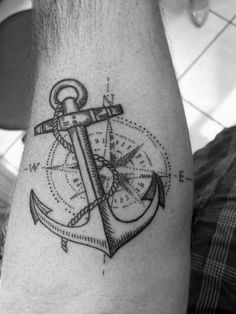 45 Super Ideas For Tattoo Ideen Kompass Marine Tattoos, Navy Tattoos, Trendy Tattoos, Tattoos For Guys, Navy Anchor Tattoos, Anchor Compass Tattoo, Small Compass Tattoo, Compass Tattoo Design, Tattoo Small