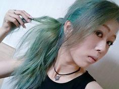WEBSTA @ 10969.nagi - 部屋の中だとこんな感じです✌こんかい結構色入ってくれたけどまだちょっと茶髪ある(・・