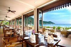 With a view like this for company, you would certainly want to linger over all your meals at Beach Brasserie.