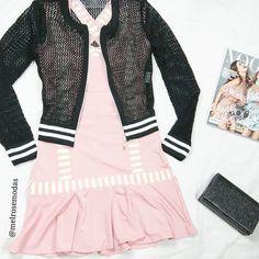look #melrosemodas   Jaqueta Bomber de tricô é vestido Fiesta rosa antigo   Shop online   WWW.MELROSEMODAS.COM.BR - em até 4x sem juros via PagSeguro; - Enviamos para todo Brasil;  - frete grátis a partir de R$ 149,99       Aproveite nossa promoção SALE ATÉ 66% de desconto na coleção #verao17     #compreonline #modafeminina #bomdia  #vestidotrico #novidades #acessorios #fretegratis #semjuros #promocao #look