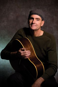 James Taylor ... American Troubadour ... I so love your voice and your music ... thank you!