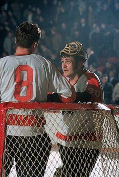 Bernie Parent Flyers Hockey, Hockey Rules, Boston Bruins Hockey, Hockey Goalie, Hockey Players, Ice Hockey, Nhl, Bernie Parent, Goalie Mask