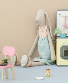 Maileg Maxi Bunny Isabell