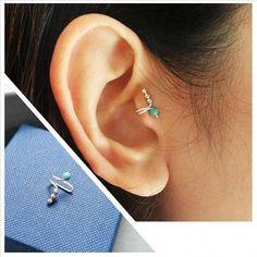 Turquoise Tragus Earring Tragus Jewelry ear cuff single earring fake ear cuff Silver tragus clipnon pierced earringsclip on earrings Tragus Jewelry, Ear Jewelry, Silver Jewelry, Fine Jewelry, Silver Ring, Silver Ear Cuff, Swarovski Jewelry, Beaded Jewelry, Jewelry Necklaces