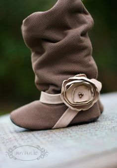 Gah! The. Most. Adorable little girl boots I've ever laid eyes on.