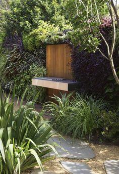 A collaboration between owner and landscape designer allows this home's seamless connection to the outdoors. Courtyard Design, Garden Design, Pergola Patio, Backyard Landscaping, Pergola Kits, Australian Garden, Garden Cottage, Garden Styles, New Wall