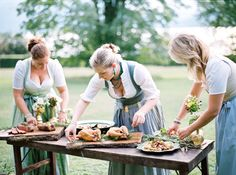 Preparing the food at an Austrian summer wedding catering by www.landart.at