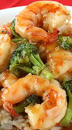General Tso's Sweet Chili Shrimp with broccoli and rice is a quick, healthier alternative to Chinese takeout. Shrimp Dishes, Fish Dishes, Shrimp Recipes, Fish Recipes, Asian Recipes, Sweet Chili Shrimp Recipe, Sweet Shrimp, Asian Foods, Chinese Recipes