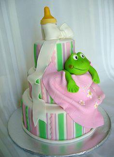 .very cute baby shower cake