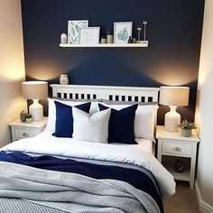 Get inspired by these navy blue bedroom ideas for your master decoration! Informations About Top 11 Blue Living Room Designs by. Bedroom Styles, Bedroom Colors, Bedroom Decor, Bedroom Ideas, Navy Blue Bedrooms, White Bedroom, Home Design, Design Ideas, Master Bedroom Makeover