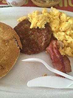 #McDonalds Desayuno Deluxe. No es una foto bonita, es una foto real