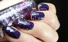 2True New Release Glitterati 'Shade 4' over Salon Shine 'Nicole' nail polish on pollypolish.com