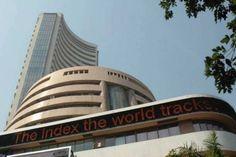 मुंबई। घरेलू शेयर बाजार में गुरुवार को मिला जुला कारोबार देखने को मिला। दिन के निचले स्तरों से 400 अंकउबरने के बादसेंसेक्स 92 अंकों की तेजी के साथ 49584 के स्तर पर बंद हुआ। वहीं निफ्टी भी 31 अंकों की तेजी के साथ 14596 के स्तर पर बंद हुआ। बीएसई मिडकैप और स्मॉलकैप इंडेक्स में एक-चौथाई फीसदी तक मजबूत हुए। आज के कारोबार में एचसीएल टेक और एक्सिस बैंक टॉप लूजर्स रहें। जबकि इंडसइंड बैंक और TCS आज के टॉप गेनर्स रहे हैं। इसके पहले बुधवार को भी बाजार लगभग फ्लैट बंद हुए थे।  निफ्