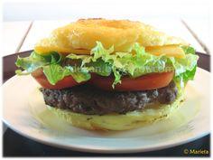 Yes, I Du-kan!: Pan Dukan de hamburguesa 1 huevo, 1cs de queso 0% (queso untar o quesito), 2cs de maicena, 2 cs de leche en polvo desnatada 1 cdta de levadura, sal- Mezclar bien y al micro 4-5 minutos Dukan Diet Recipes, Low Carb Recipes, Healthy Recipes, Pan Dukan, Menu Dieta, High Protein Low Carb, Vegetarian Paleo, I Foods, Hamburger