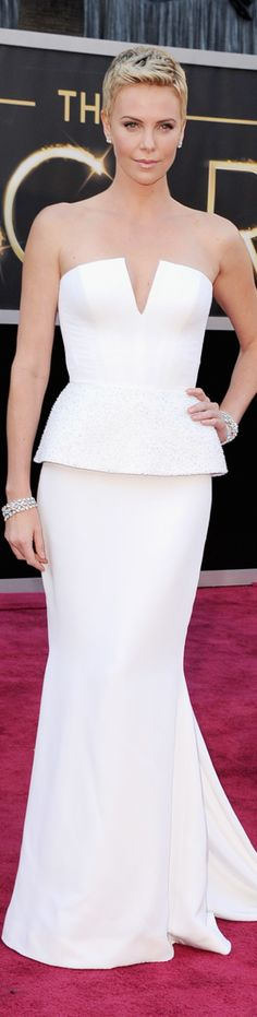 Charlize Theron 2013 Oscar Red Carpet