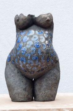 But pregnant. Paper Mache Sculpture, Abstract Sculpture, Sculpture Art, Ceramic Figures, Clay Figures, Ceramic Design, Ceramic Art, Concrete Sculpture, Pottery Handbuilding