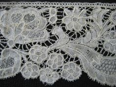 BRUSSELS BOBBIN LACE C 1715 - 1730 Bobbin Lace, Brussels, Old And New, Fabric Crafts, Arts And Crafts, Antiques, Clothing, Pattern, Women