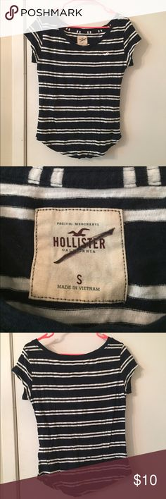 Hollister top Striped navy and white hollister tee shirt. Never worn. Has third party tag still on. Perfect condition. Fits a little between a small and a medium. Hollister Tops Tees - Short Sleeve