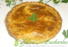 ConDosCucharas.com Pastel de carne y hojaldre - ConDosCucharas.com Pasta, Pie, Desserts, Food, Meatloaf, Salads, Pastries, Food Recipes, Full Course Dinner