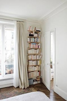 Home Library Corner Small Spaces Living Rooms 34 Ideas Small Apartments, Small Spaces, Furnished Apartments, Empty Spaces, Studio Apartments, Design Scandinavian, Scandinavian Living, Interior Design Minimalist, Home Libraries