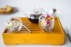 "The ""Earth"" tea service"