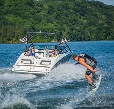 New 2014 Yamaha Marine 212X Jet Boat Photos- iboats.com 1