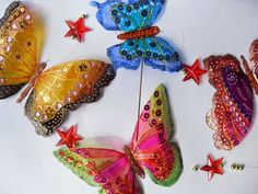 DIY butterfly craft from plastic bottles and nailpaint