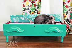 Spoiling the Dog! DIY Dog Bed {repurposed Dresser Drawer}