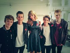 Embedded image permalink Taylor Swift and The Vamps, they will be opening for her !