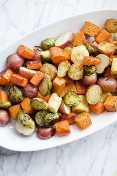 Roasted potatoes, carrots, parsnips and brussels sprouts veg Parsnip Recipes, Carrot Recipes, Vegetable Recipes, Healthy Recipes, Carrot And Parsnip Recipe, Veggie Food, Side Recipes, Veggie Dishes, Brussels Sprouts