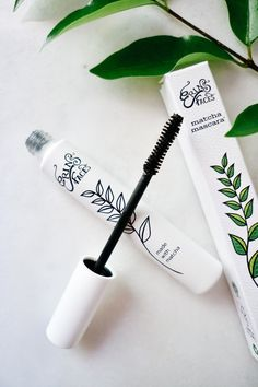 Mascara with Matcha open and holding wand up Chemical Free Makeup, Non Toxic Makeup, Best Lashes, Best Mascara, Organic Beauty, Natural Beauty, Natural Mascara, Glow Mask, Lash Primer