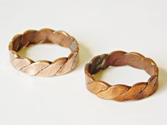 Vintage Copper Rings, Unisex Twisted Copper Bands, Polished or With Patina, Twist Band Ring, Size 8 1/2-9, 3 Gram, Bulk Quantities Available by LavishMaidenVintage on Etsy Copper Rings, Copper Jewelry, Copper Wire, Wire Jewelry, Metal Jewelry Making, Jewelry Ideas, Unique Jewelry, Diy Rings, Silver Rings Handmade