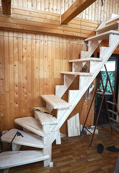 C mo construir una escalera de madera paso a paso carpinteria pinterest staircases lofts - Como hacer una escalera plegable para altillo ...