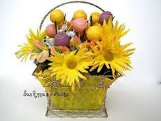 Sunshine Pop Bouquet - Half Dozen For SusAnna's Sweets, as well as many of our friends, the snow outside is making spring seem lik. Cake Pop Bouquet, Flower Cake Pops, Pastel Bouquet, Zebra Cake Pops, Blue Cake Pops, Multi Color Cake, Daffodil Cake, Apple Cake Pops, Cake Pop Tutorial