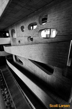 Le Corbusier, High court, 1952-1956 photo by Scott Larsen on flickr