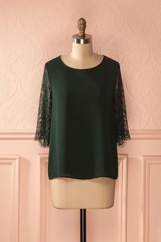 Aline Emerald - Emerald green loose top with lace sleeves