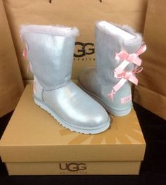 UGG-AUSTRALIA-GRAY-SHINY-BAILEY-BOW-LIMITED-ED-CANCER-AWARENESS-BOOTS-SIZE-9-US