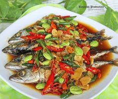 Resep masakan praktis sehari-hari Instagram Asian Recipes, Healthy Recipes, Ethnic Recipes, Healthy Food, Easy Cooking, Cooking Recipes, Cooking Time, 1200 Calorie Diet Menu, Malay Food