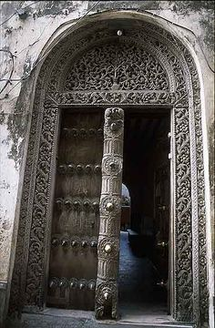 Africa | Door in Zanzibar | Photographer unknown