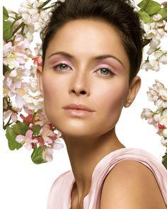Maquillaje de primavera en tono rosa, muy lindo.